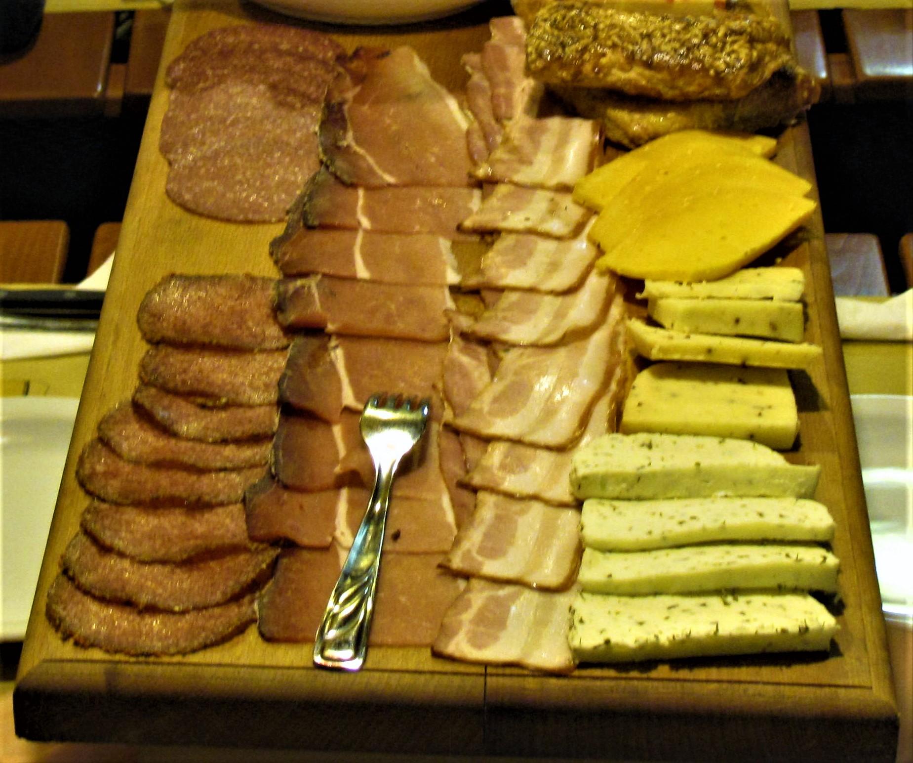 La Buca Gasthaus - Bauerteller - Tagliere di salumi, formaggi, brezel